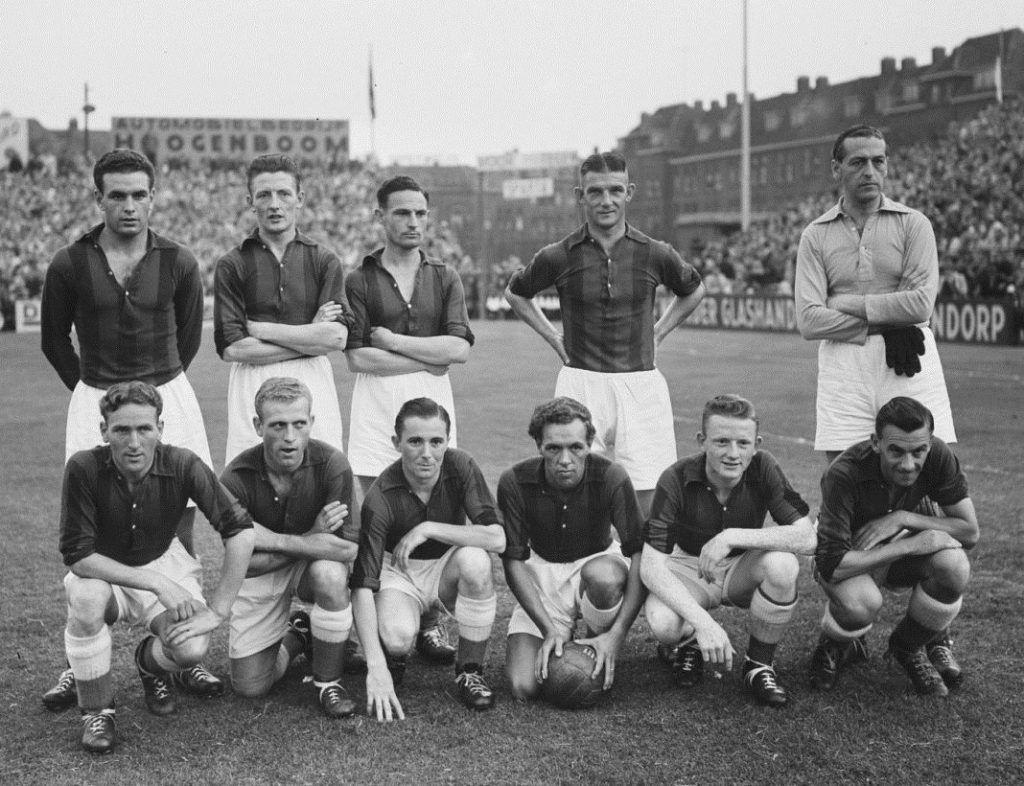 Het elftal van RCH van het seizoen 1952/53
